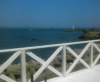 海の見える喫茶店