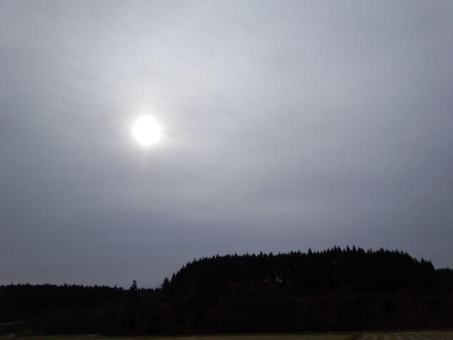 冬、らしい空